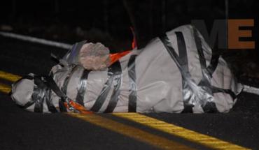Envuelto y amarrado encuentran el cuerpo de un hombre en Guerrero