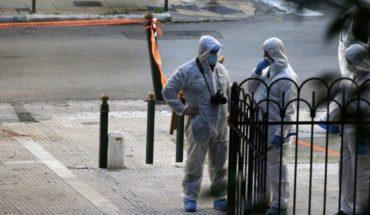 Explosión afuera de una iglesia en Atenas deja 2 heridos