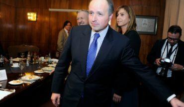 Fiscalía Metropolitana Oriente decidió no perseverar en investigación contra ex ministro Insunza