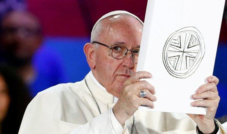 """Francisco pidió un """"nunca más"""" de la Iglesia para los abusos sexuales"""