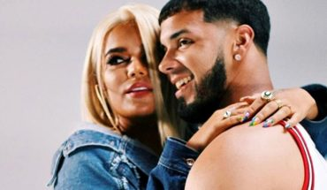 Karol G y Anuel AA confirman su romance con un tatuaje y una nueva canción