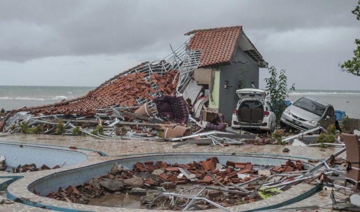 Las impactantes imágenes del tsunami que azotó a Indonesia