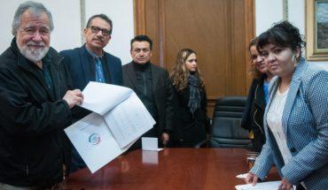 Nestora Salgado entrega a Gobernación lista de 199 presos políticos que buscan amnistía