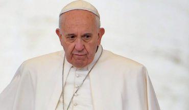 Papa Francisco se queda sin voceros: dimiten los portavoces Greg Burke y Paloma García Ovejero