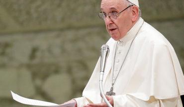 Papa pidió a curas responsables de abuso sexual que se entreguen a la justicia
