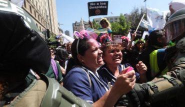 Piñera y el jaque mate al sindicalismo y a la oposición