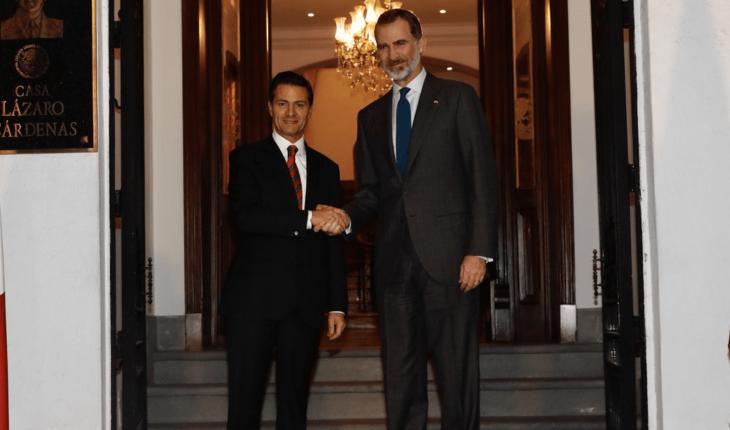 Se despide Peña Nieto del rey Felipe VI de España