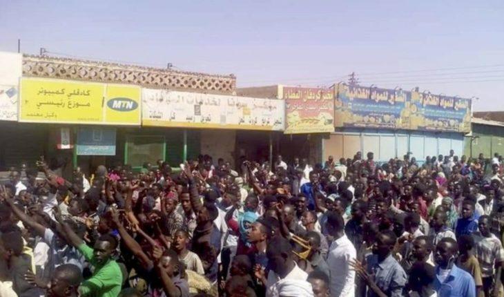 Sudán: Miles se manifiestan contra gobierno de Bashir