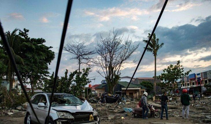 Un tsunami sorprendió a Indonesia dejando más de 200 muertos y 800 heridos
