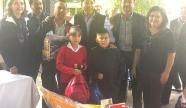 Unicef dona kits escolares para damnificados en Ahome