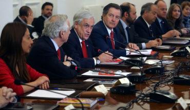 Cadem: gabinete tuvo aprobación más baja y titular de Transportes se ubicó entre las mejores evaluadas