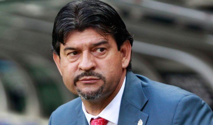 Cardozo acepta que directiva de Chivas le da otra oportunidad
