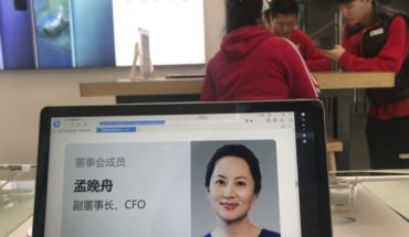 China requires Canada to release detained Huawei Executive