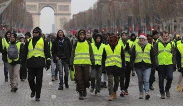"""Contabilizan 10 muertes tras manifestaciones de """"Chalecos Amarillos"""" en Francia"""