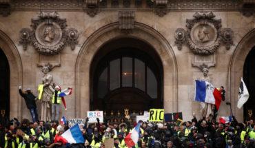 Cotabilizan 59 'chalecos amarillos' detenidos en Francia