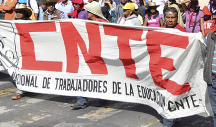 Educational sectors paralyzed work in Michoacan