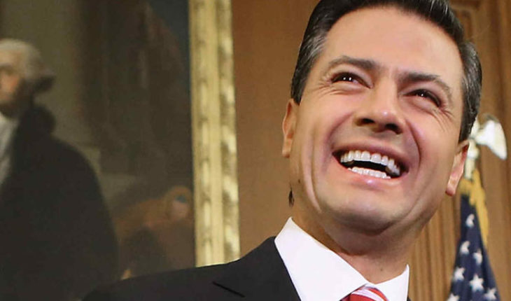 En su último día como presidente, Peña Nieto entregó cuarenta y dos títulos de minería: Reforma