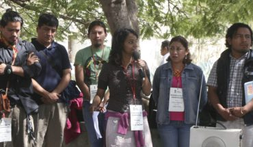 Indigenous people of Oaxaca demanding the total ban on mining