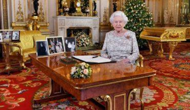 La reina Isabel II ofrece su mensaje anual de Navidad