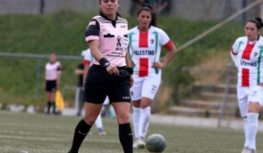 María Belén Carvajal, first arbiter to lead a party of Chilean professional soccer male