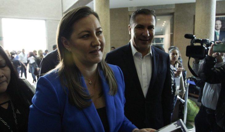 Martha Erika Alonso y Rafael Moreno Valle serán velados en Puebla