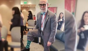 The Ambassador of Canada put stockings in favor of legal abortion