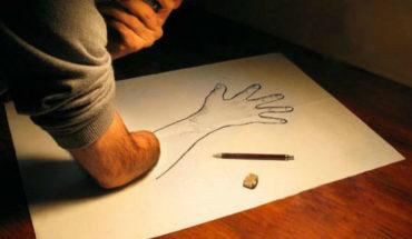 What causes phantom limb pain?