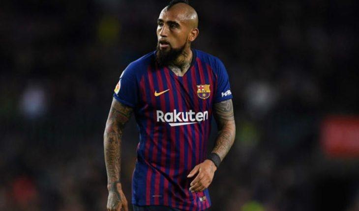 """¡Nocaut! Arturo Vidal recibió tremenda crítica pese a ser el """"Talisman del Barcelona"""""""