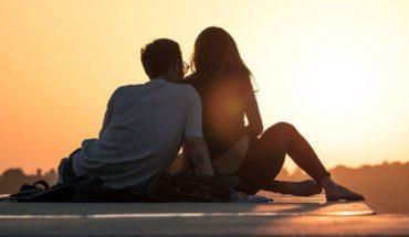 Amor para toda la vida. Joven demuestra su cariño a novia amnésica