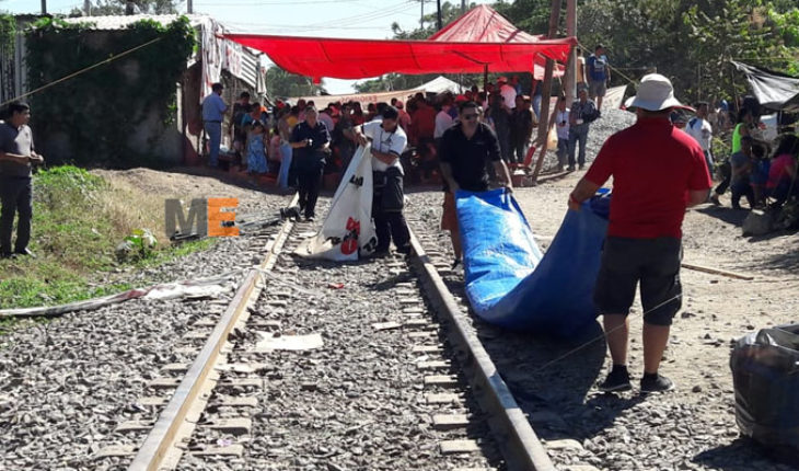 CNTE retira bloqueos de las vías del tren en Michoacán