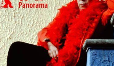 """Directora de documental de Lemebel: """"Yo lo homologaría a Violeta Parra, a Víctor Jara, a una Yoko Ono, a un David Bowie"""""""