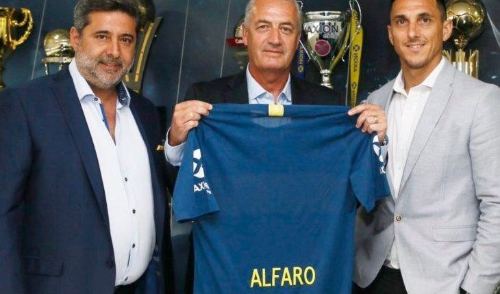 El cruce entre Gustavo Alfaro y un periodista en su presentación como nuevo técnico de Boca