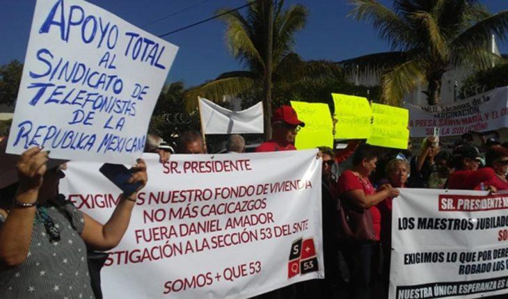 Esperan a AMLO cuatro protestas en Rosario