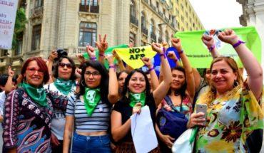 Feministas solicitan permiso a la Intendencia Metropolitana para realizar la gran marcha del 8M