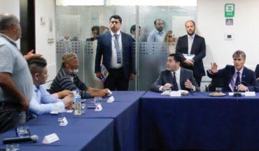 """Gobierno se rinde en """"Guerra de la Jibia"""" y no presentará veto a la ley tras tensa reunión con pescadores"""