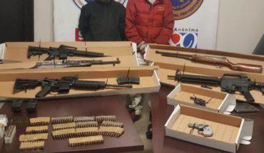 Incauta PEP arsenal en Tijuana; dos detenidos