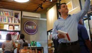 """Libros a precio justo: inauguran """"Recoletras"""", la primera librería popular"""