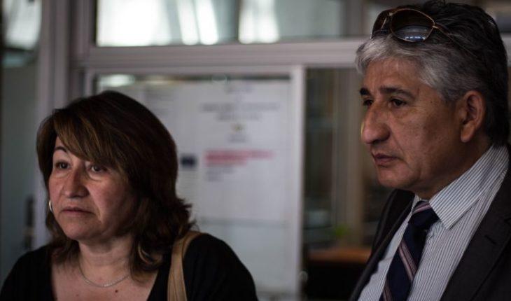 Padres de joven asesinado en portonazo en Estación Central introducen querella