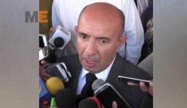 Secretario de Educación Alberto Frutis