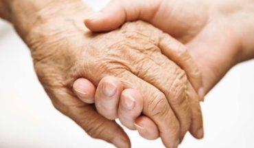 Una bacteria que ataca las encías podría jugar un rol en el Alzheimer