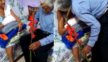 VIDEO. Abuelo hace llorar a todos con su declaración de amor