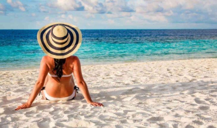 Vacaciones responsables: Experto entrega consejos para no endeudarse este verano