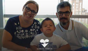 Ian tenía síndrome de down y leucemia, decidieron adoptarlo igual | SOMOS FAMILIA