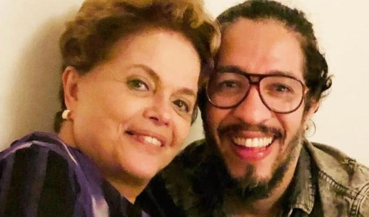 A Brazilian Deputy gay and left he renounced his seat by threats