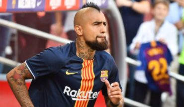 Copa del Rey: Arturo Vidal looks out as owner in the Barça to Sevilla visit
