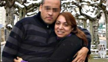 In an attempted robbery Commissioner grappled with the thief and a bullet killed his spouse