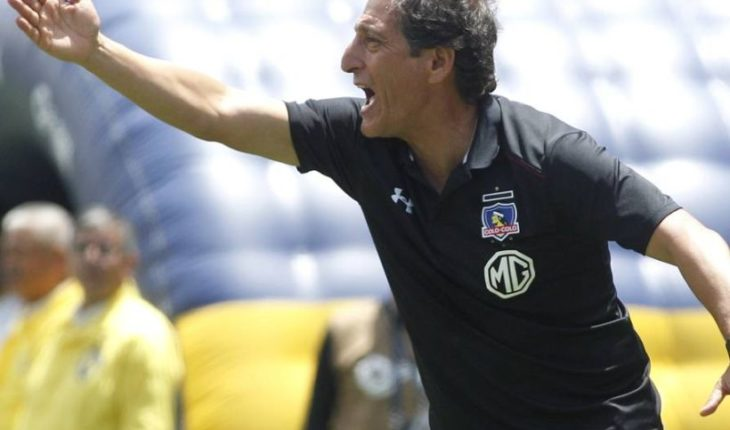 """Mario Salas after the defeat to UC: """"Colo Colo cannot be dependent Valdivia"""""""
