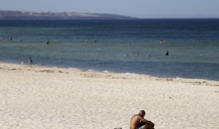 Melbourne hopes the hottest day in a decade