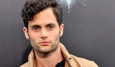 """Penn Badgley referred to his character in """"You"""": """"Is a killer"""""""
