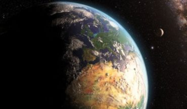 The planetary megacolision which could have formed the Moon and made possible the life on Earth